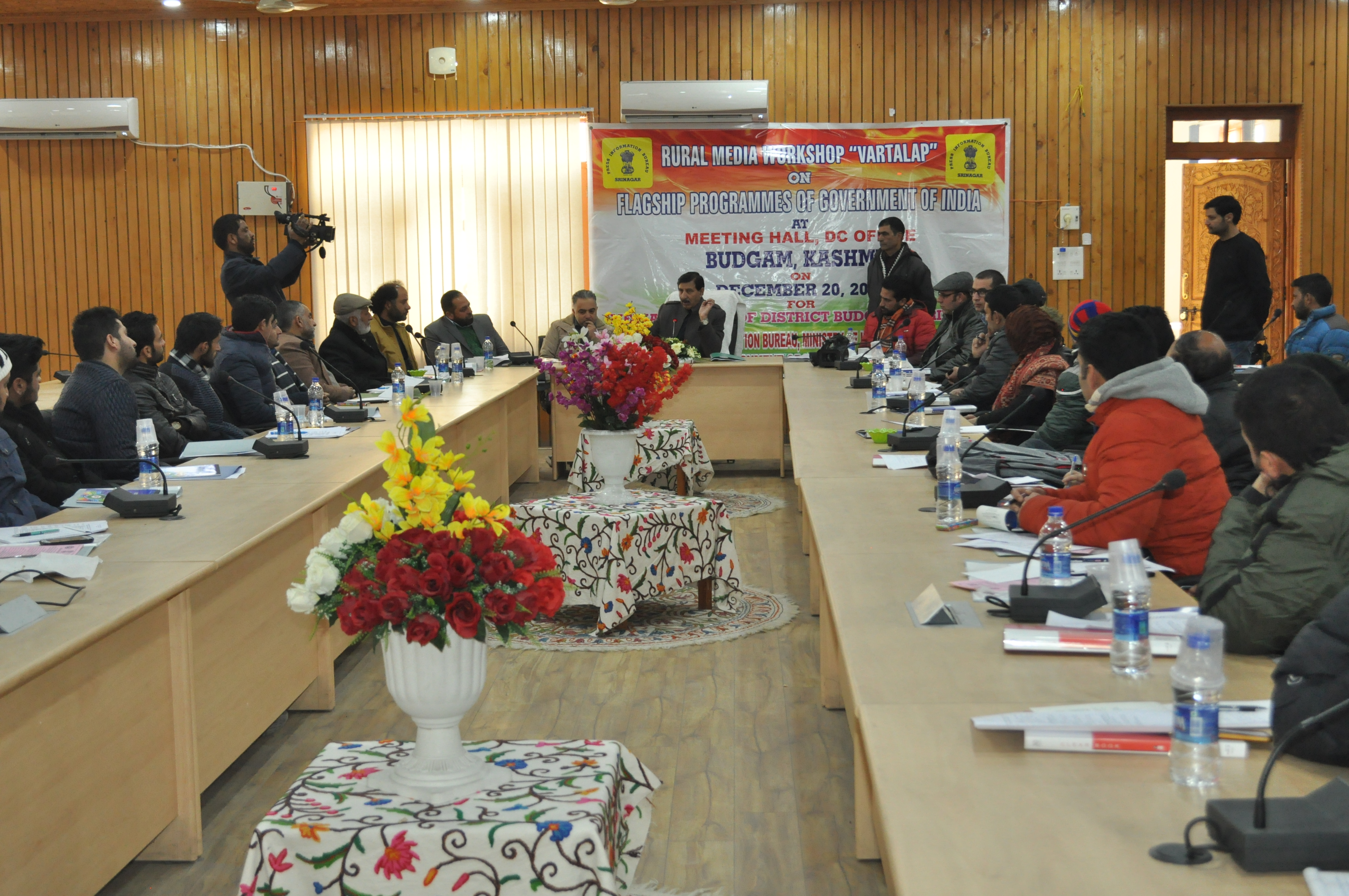 PIB organises one-day workshop for journalists of Srinagar and Budgam districts