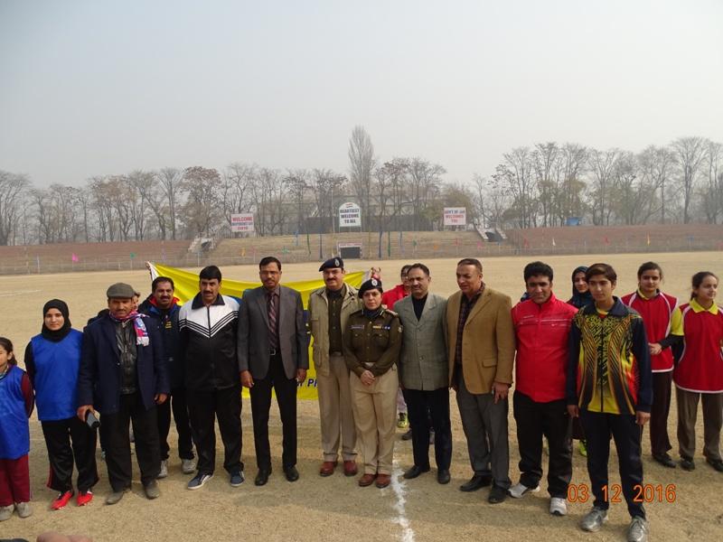 Mega Kashmir WOMEN FOOTBALL TOURNAMENT – 2016   Commences